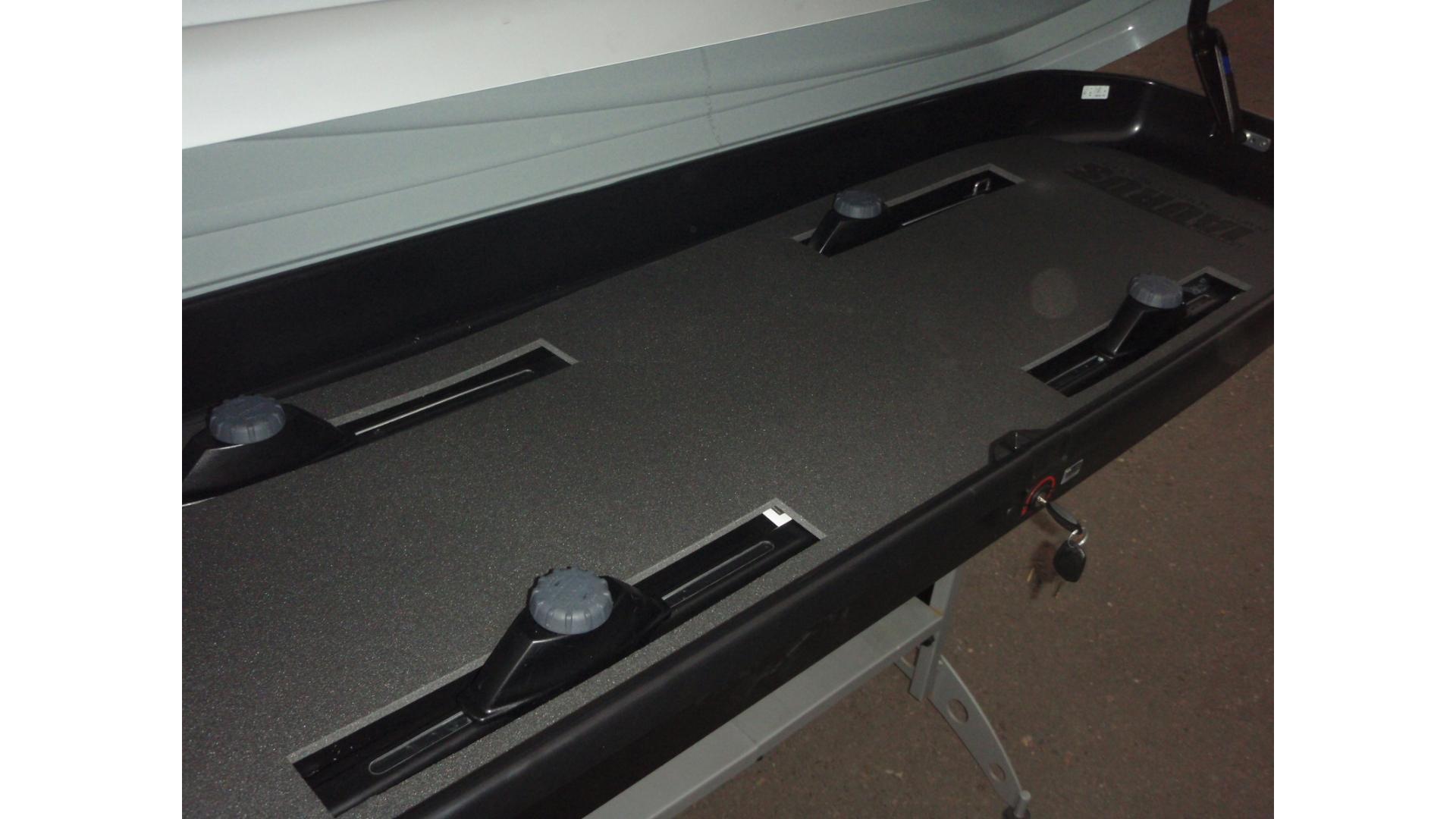 Taurus ochranná vložka do boxu  A 900  (205x72 cm)